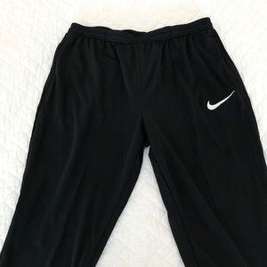 BNWT Men's Nike soccer pants